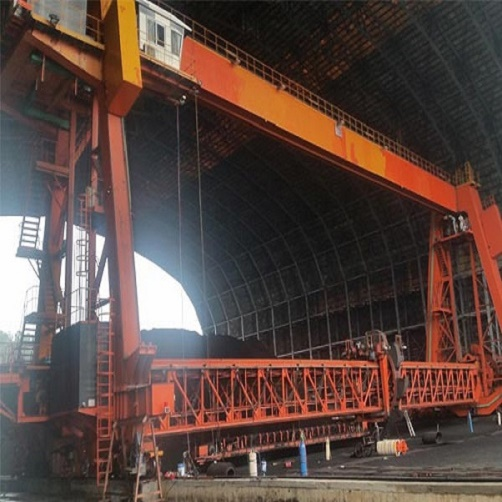 Characteristics of a good combination crane